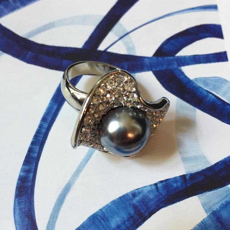 Swarovski Crystal Black Pearl Oyster Ring - 4