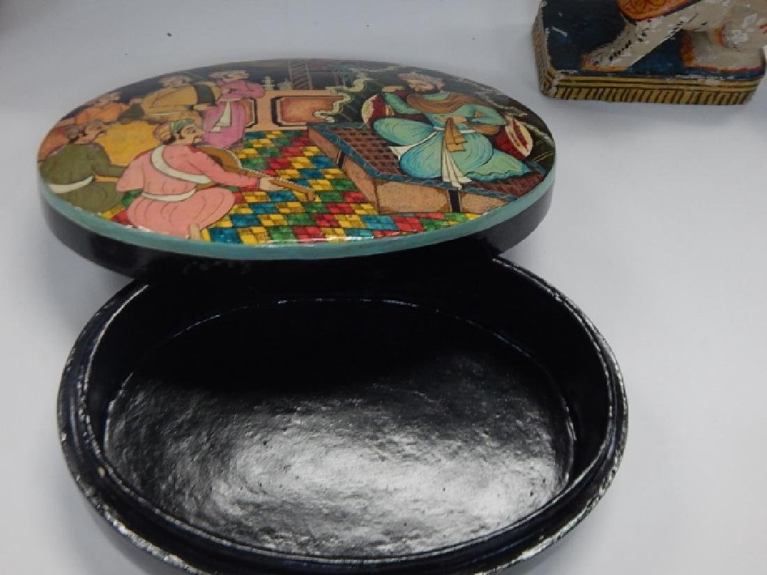 COLLECTION PAINTED ITEMS - 7