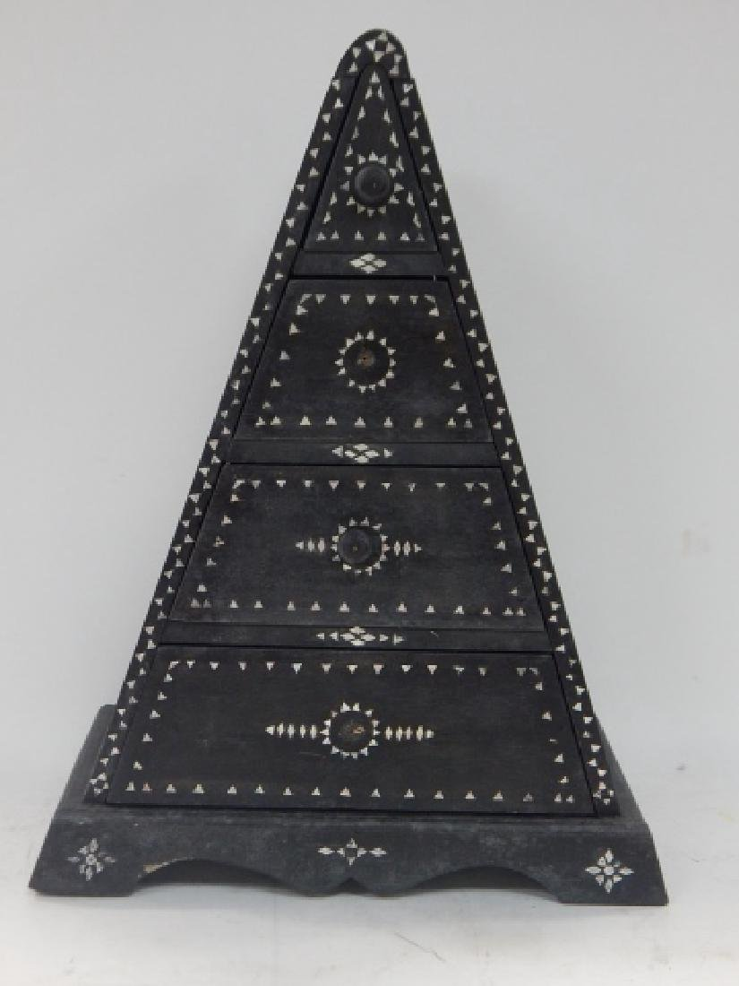 INLAID TRIANGULAR DRESSER BOX
