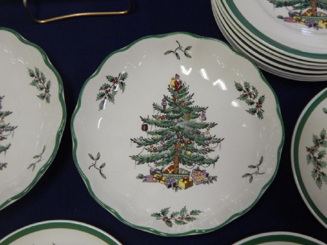 COLLECTION OF SPODE CHRISTMAS TREE DISHES - 3