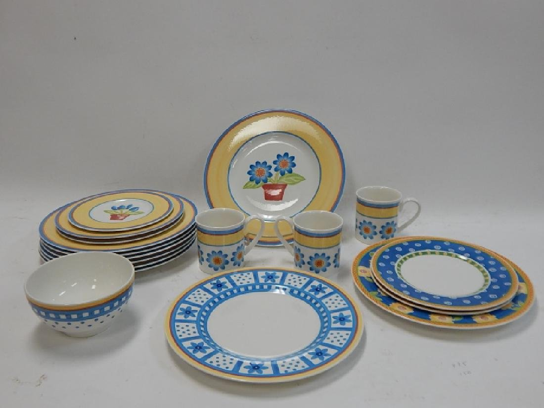 COLLECTION OF VILLEROY & BOCH DISHES