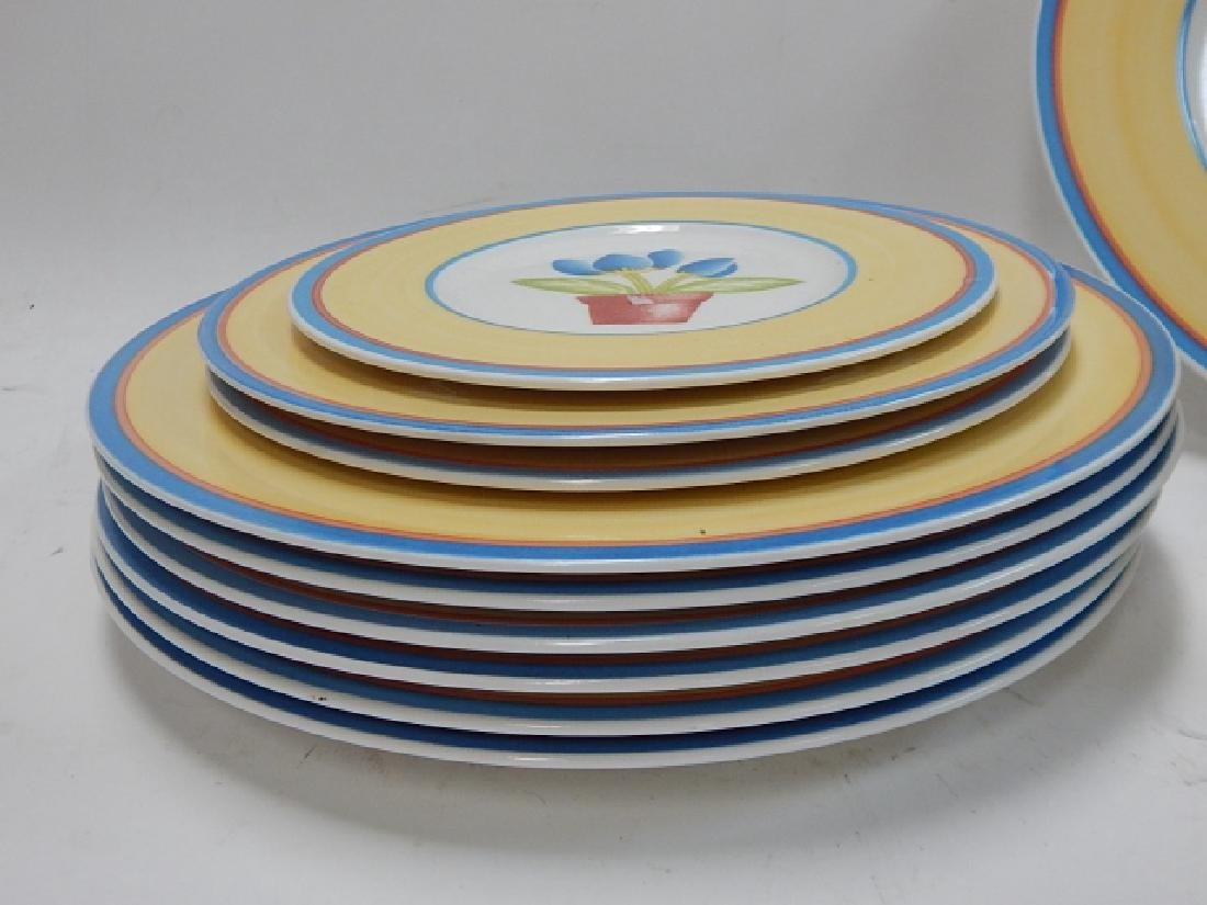 COLLECTION OF VILLEROY & BOCH DISHES - 2