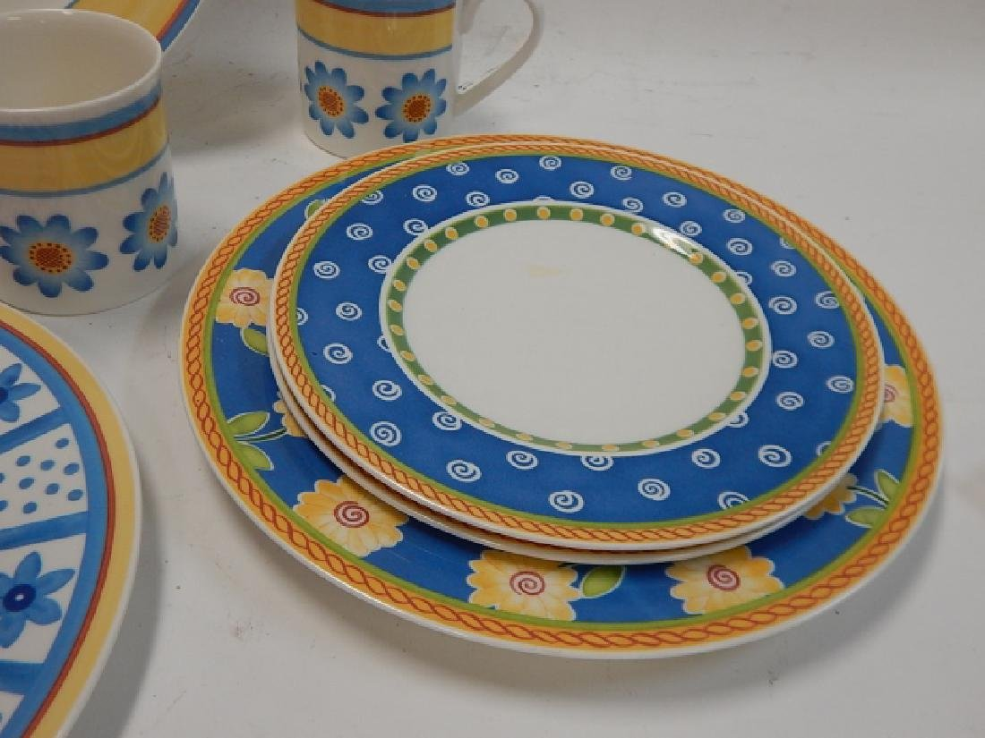 COLLECTION OF VILLEROY & BOCH DISHES - 5
