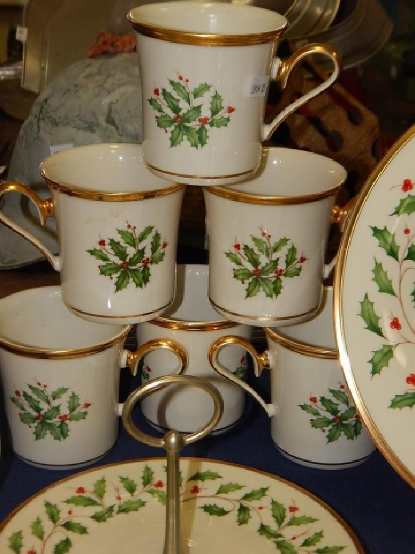 COLLECTION OF LENOX, HOLIDAY DINNER DISHES - 7