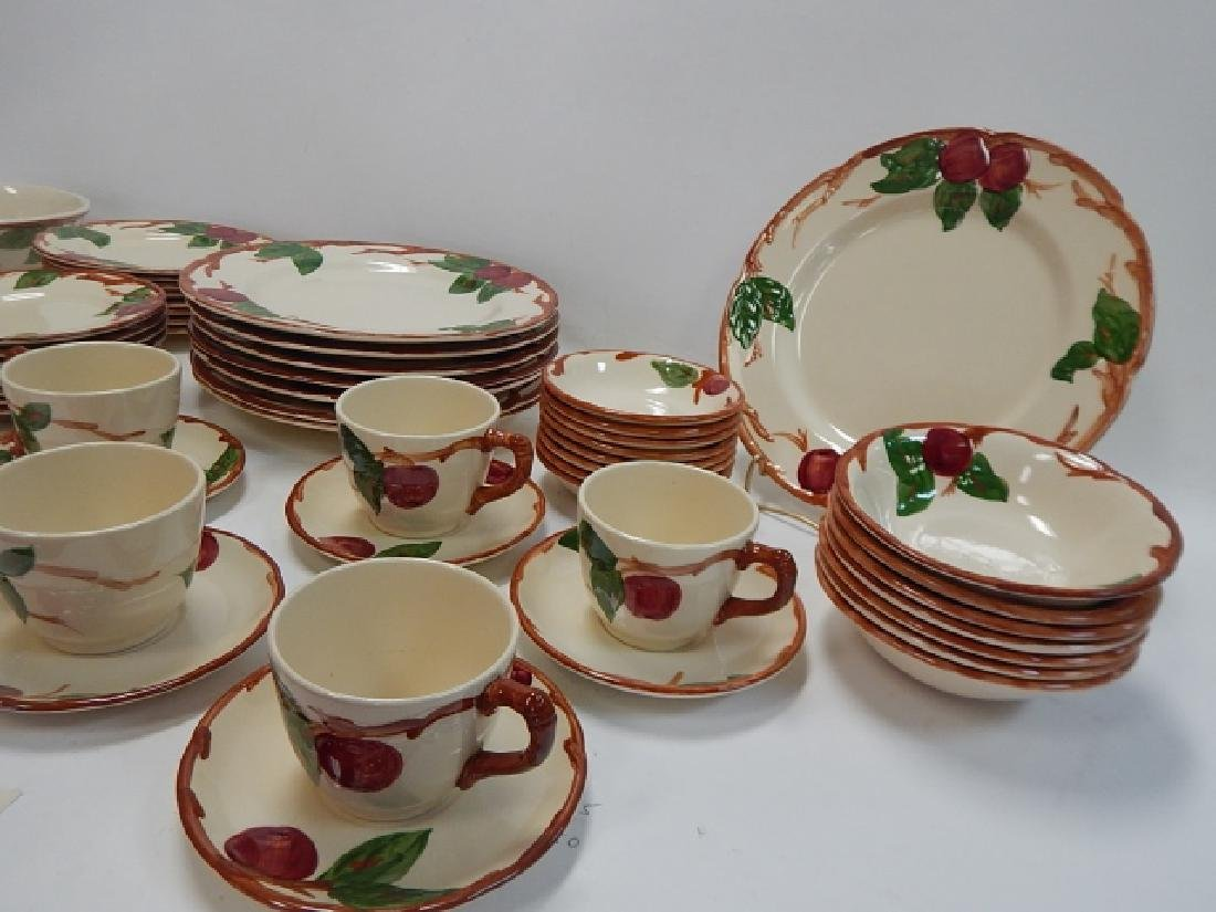 SET OF APPLE DISHES BY FRANCISCAN - 3