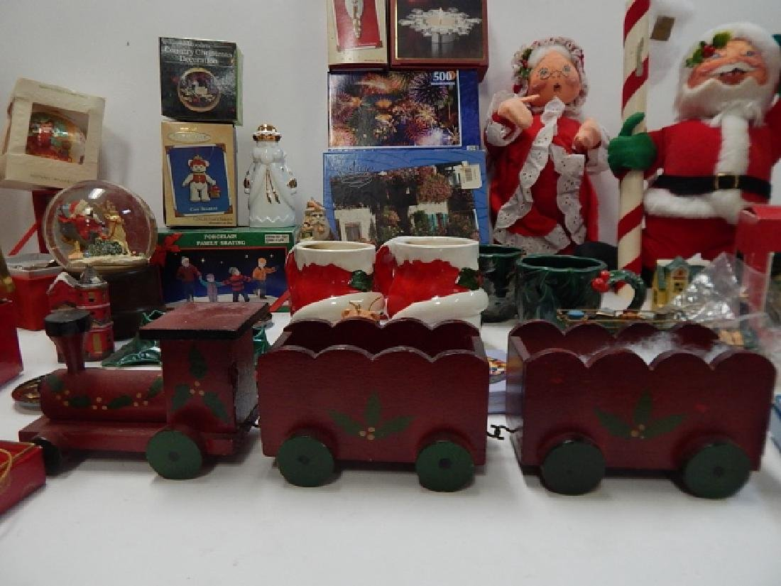 LARGE COLLECTION OF CHRISTMAS DECOR AND FIGURES - 5