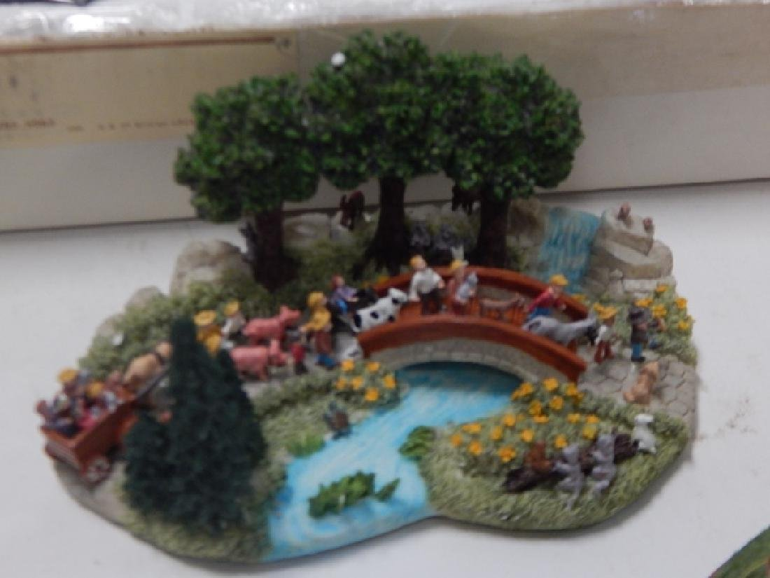 LOT OF HAWTHORN AND LIBERTY FALLS COLLECTIBLES - 2
