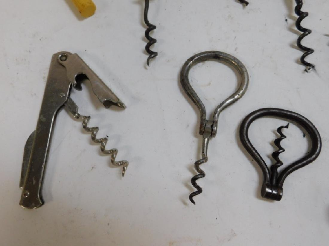 LOT OF CORK SCREWS - 3