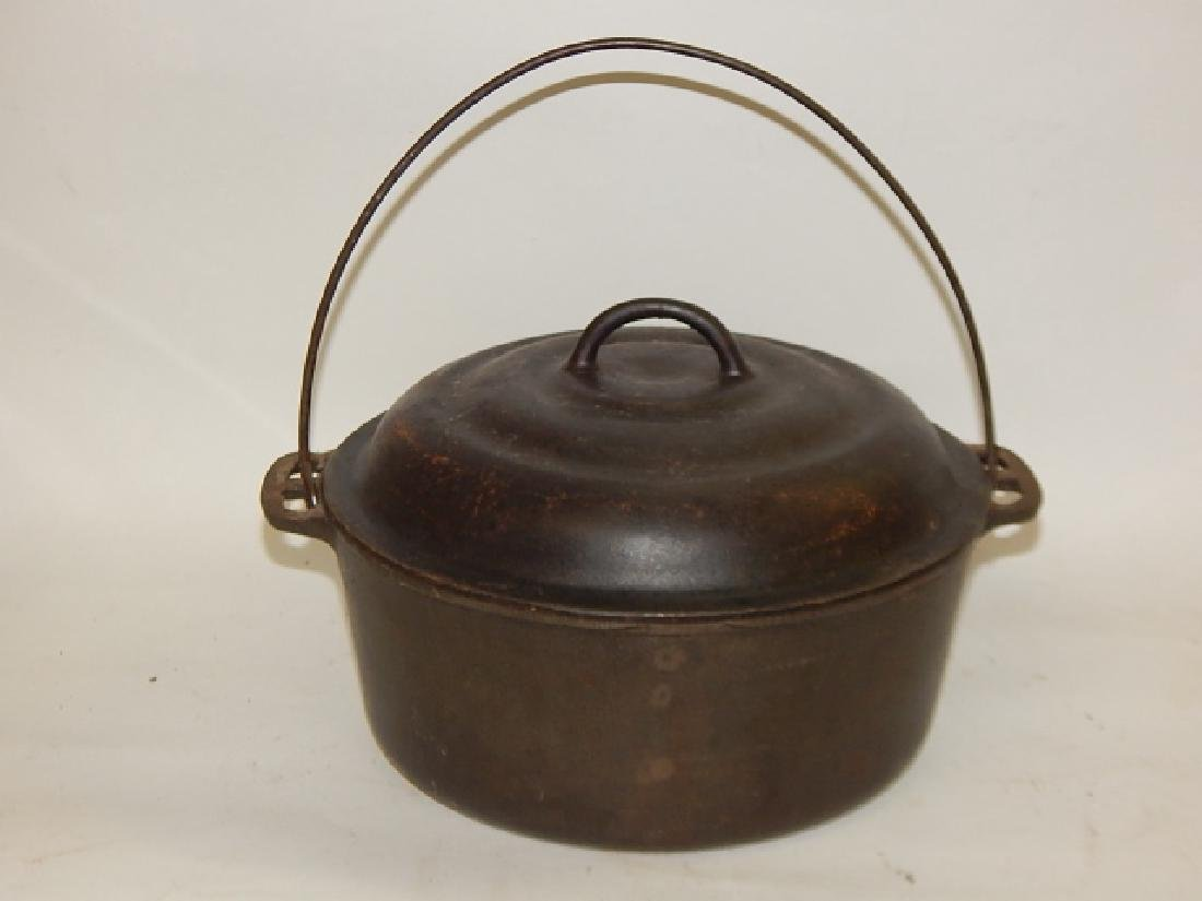 WAGNER WARE DUTCH OVEN