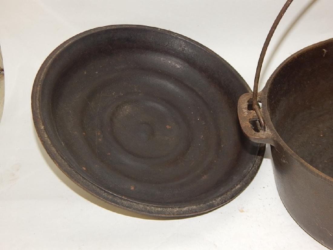 WAGNER WARE DUTCH OVEN - 3