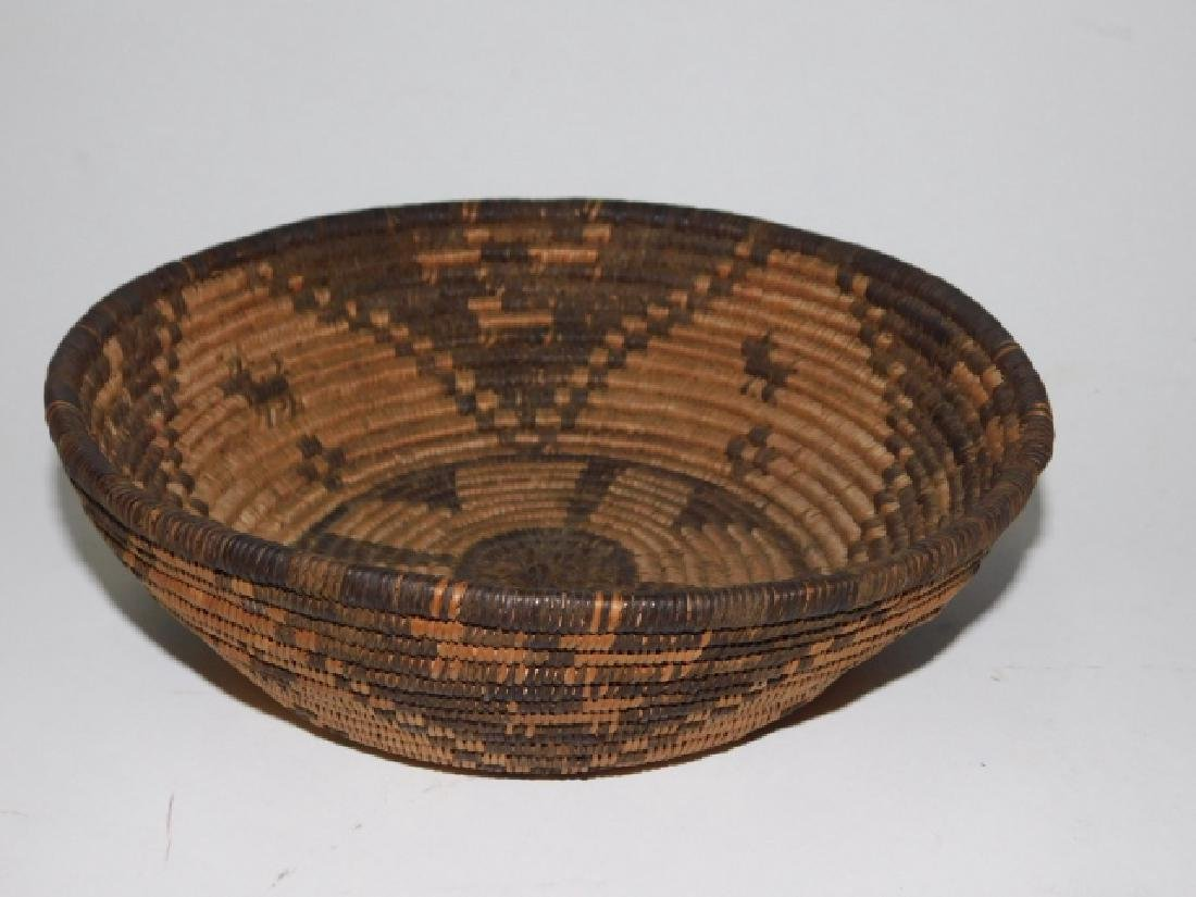 AMERICAN INDIAN WOVEN BASKET