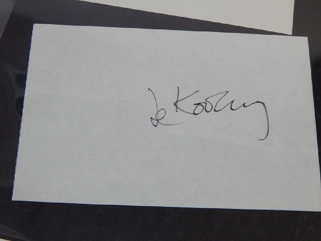DAVID HOCKNEY & WILLIAM DE KOENIG AUTOGRAPH - 2