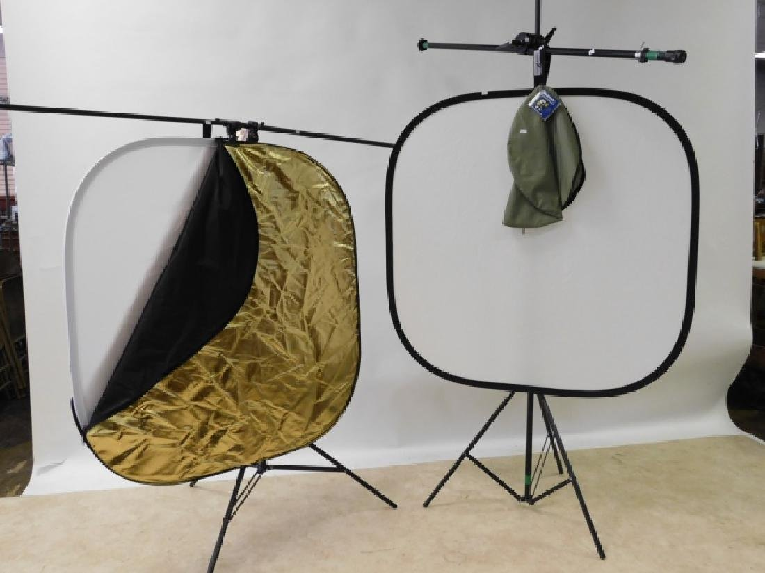 MOVIE LIGHT STANDS WITH REFLECTORS