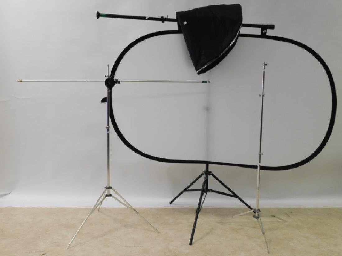 MOVIE LIGHT STANDS WITH REFLECTOR