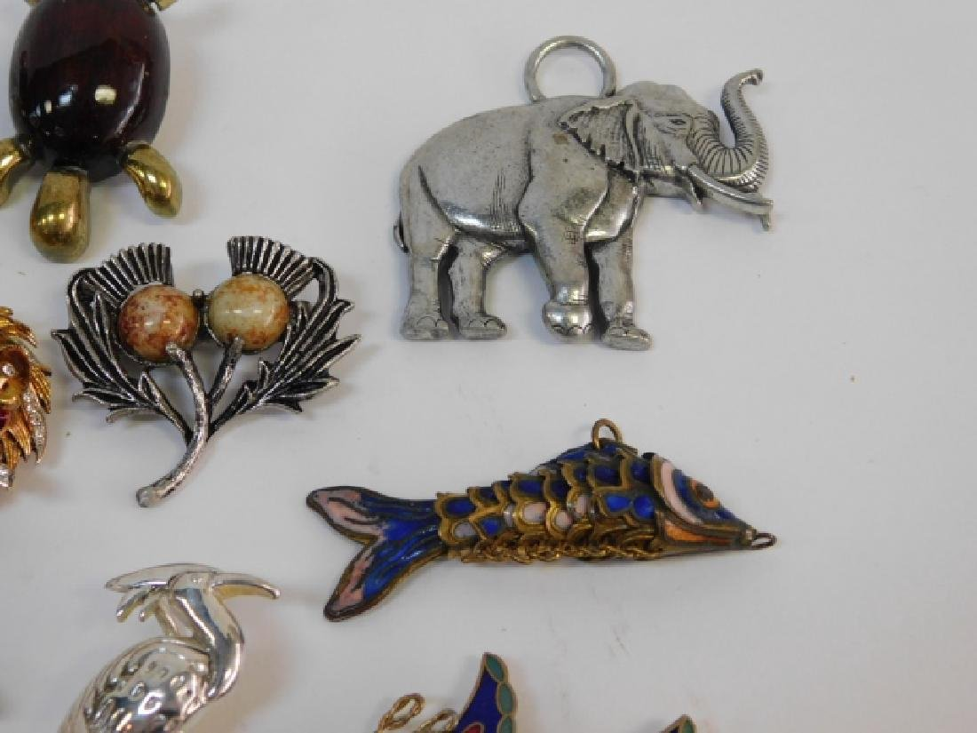 LOT OF COSTUME PINS - 4