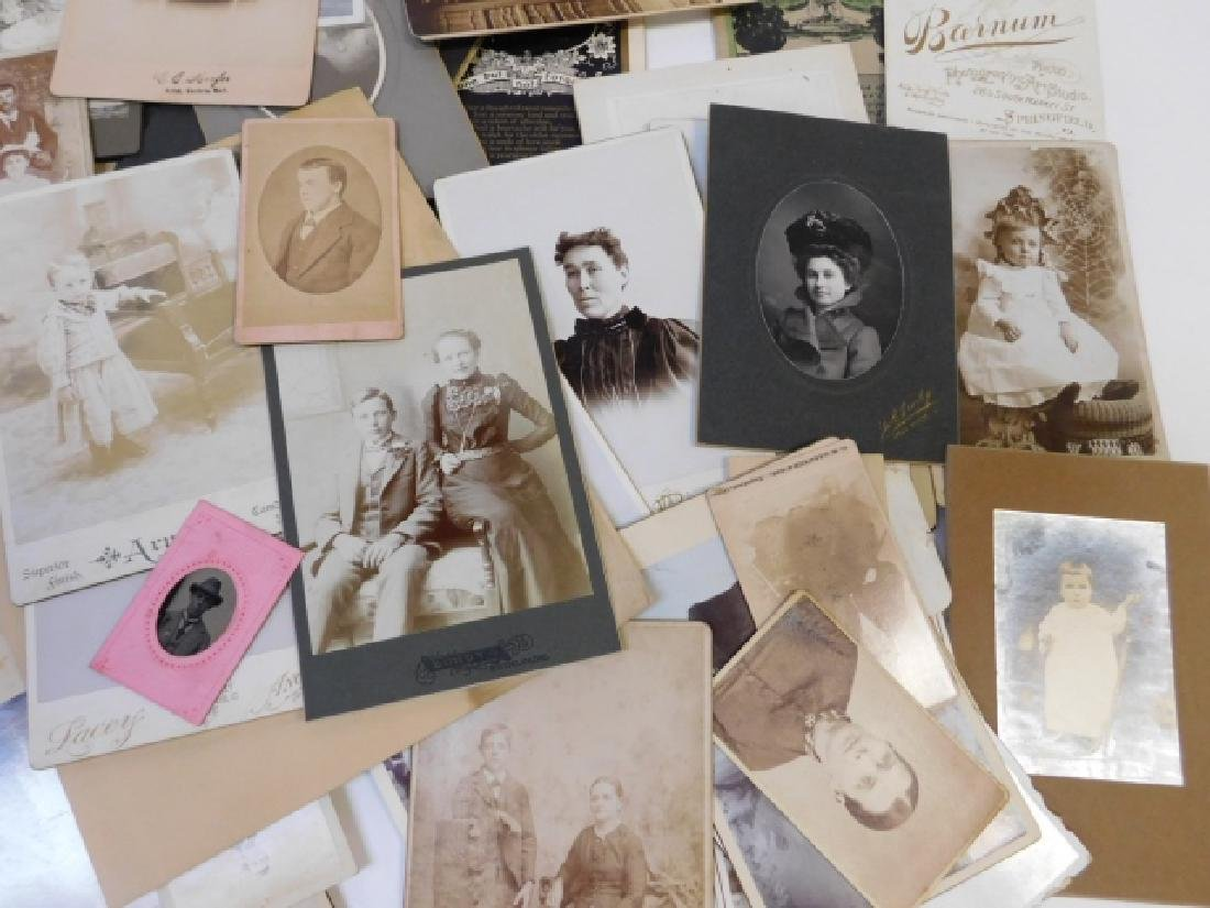 LARGE LOT OF OLD PHOTOS - 4