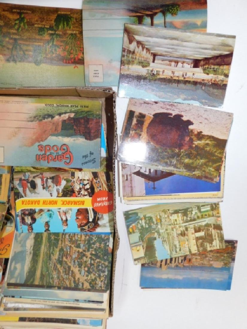 LARGE LOT OF POSTCARDS - 5