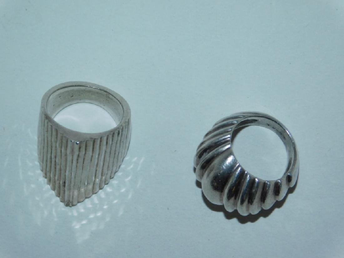 TWO STERLING SILVER RINGS - 3