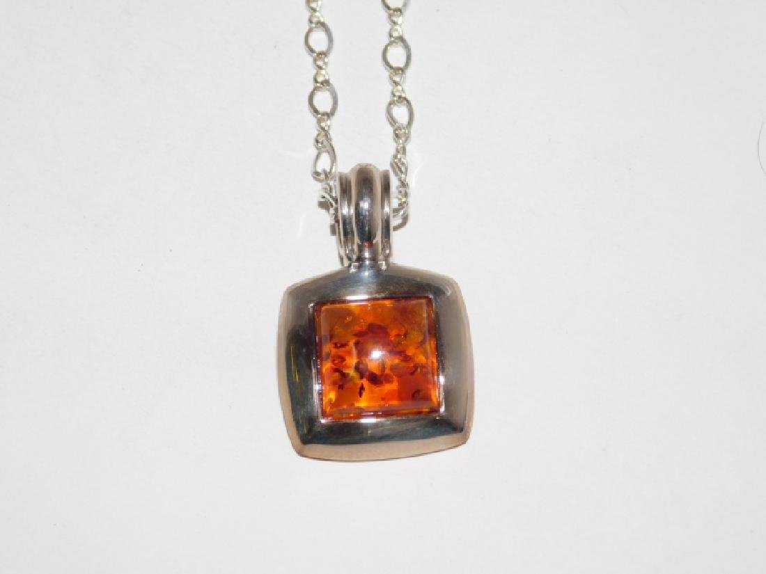 STERLING SILVER CHAIN WITH AMBER STONE PENDANT