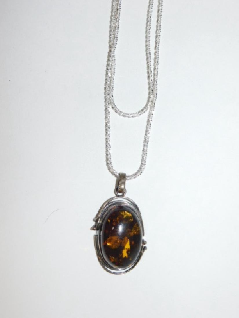 AMBER & STERLING PENDANT ON STERLING CHAIN