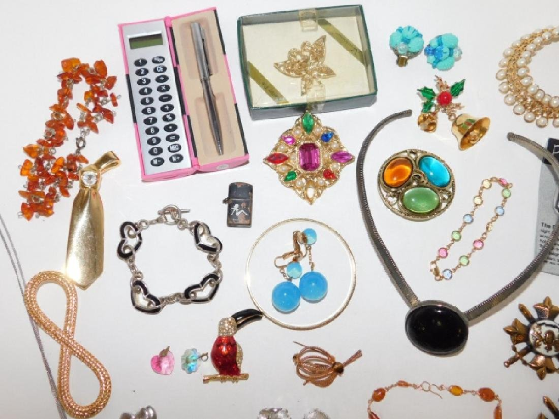 LOT OF COSTUME JEWELRY - 2