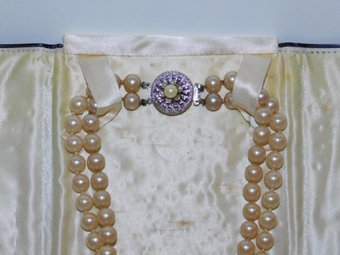 LOT OF VINTAGE JEWELRY - 2