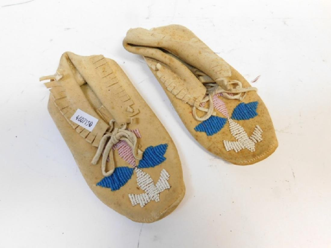 PAIR OF CHILD SIZE MOCCASINS