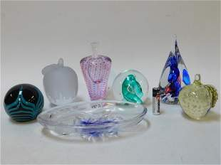 COLLECTION OF PAPER WEIGHTS