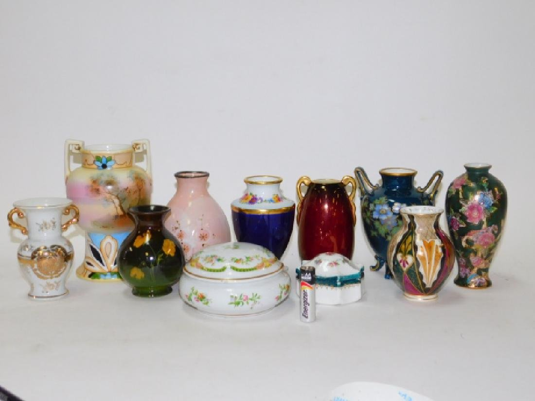 COLLECTION OF SMALL VASES AND TRINKET BOXES