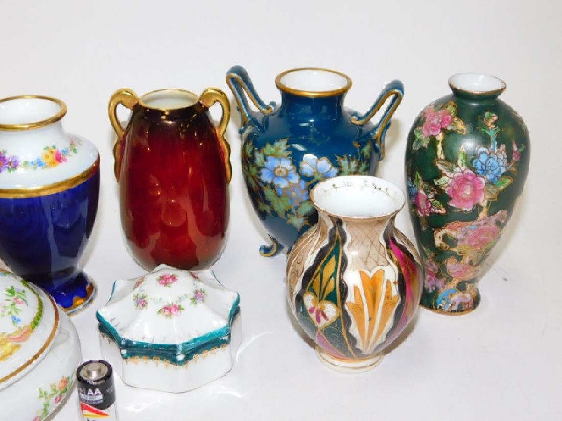 COLLECTION OF SMALL VASES AND TRINKET BOXES - 2