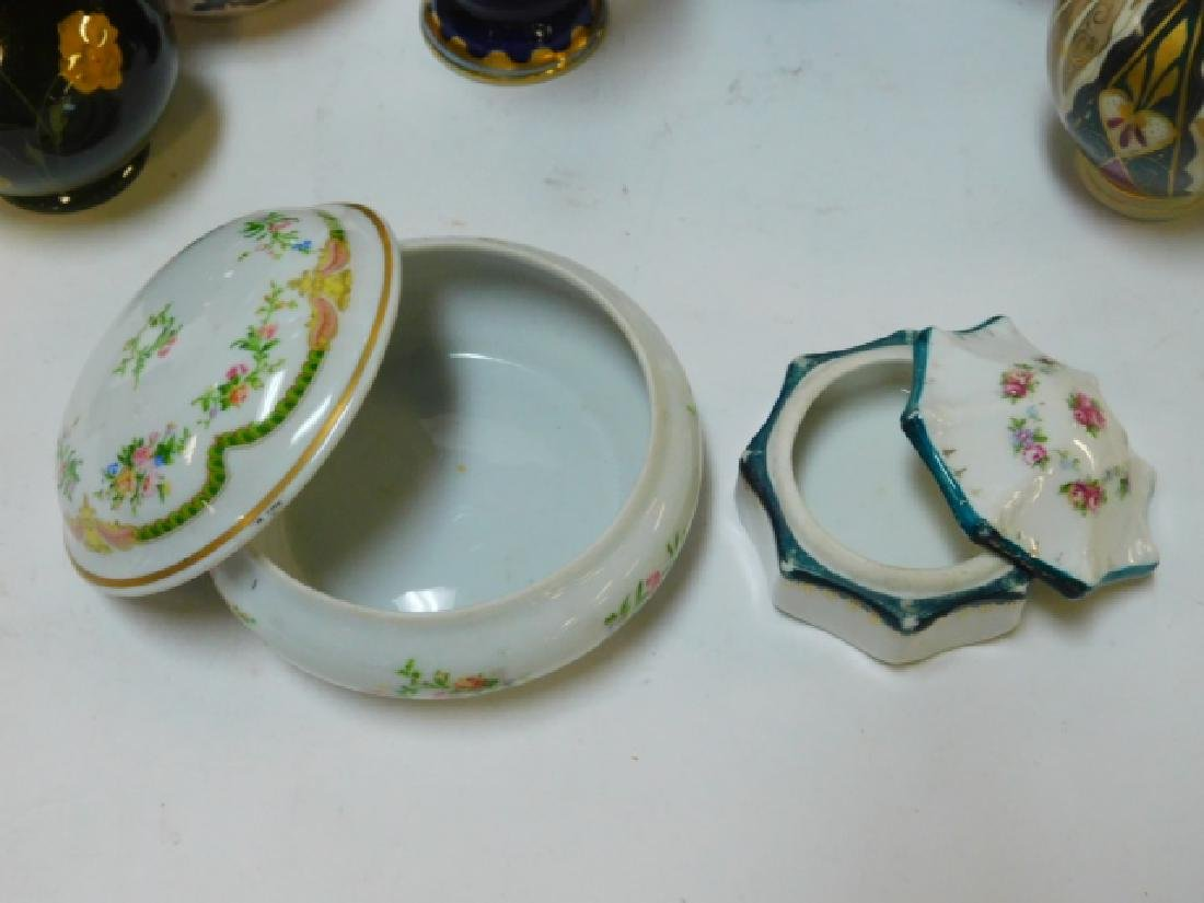 COLLECTION OF SMALL VASES AND TRINKET BOXES - 3