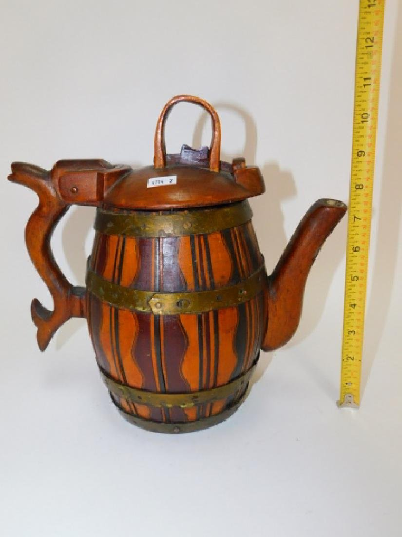 SPOUTED ALE TANKARD WITH LID