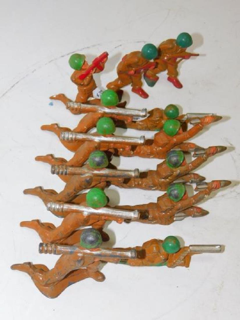 COLLECTION OF LEAD SOLDIERS - 4