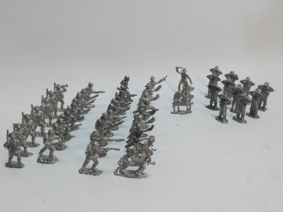 COLLECTION OF LEAD SOLDIERS, UNPAINTED