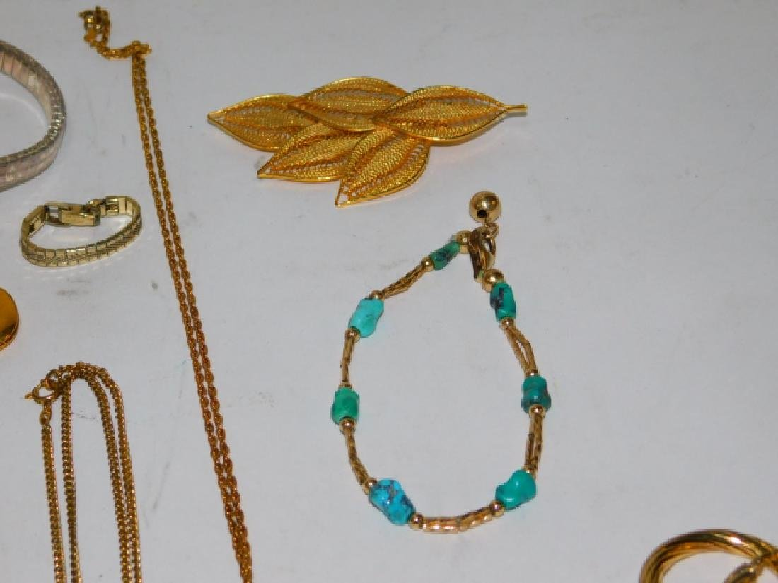COLLECTION OF VINTAGE JEWELRY - 5