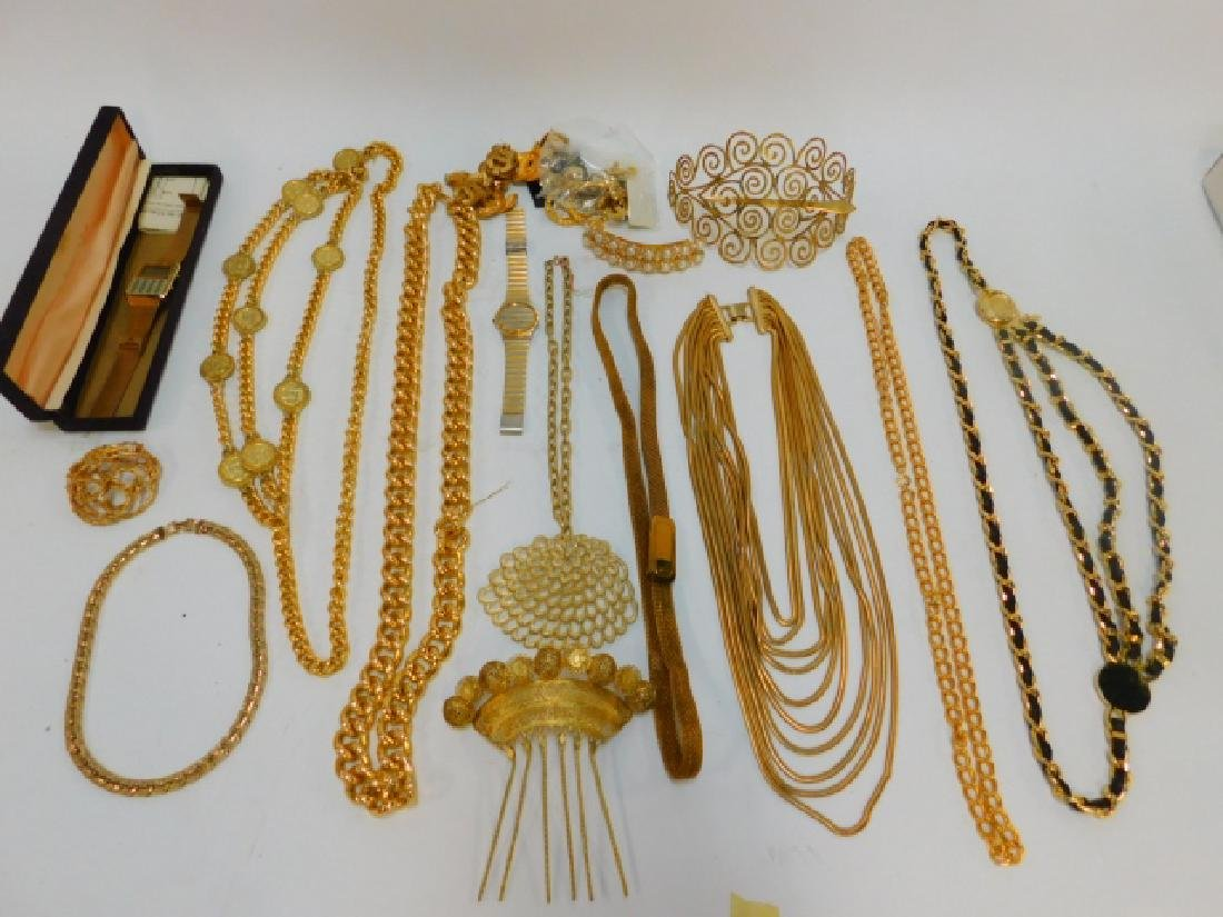 COLLECTION OF COSTUME JEWELRY AND ACCESSORIES