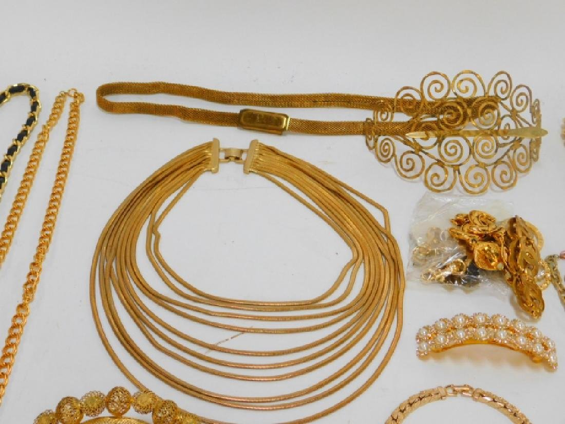COLLECTION OF COSTUME JEWELRY AND ACCESSORIES - 4