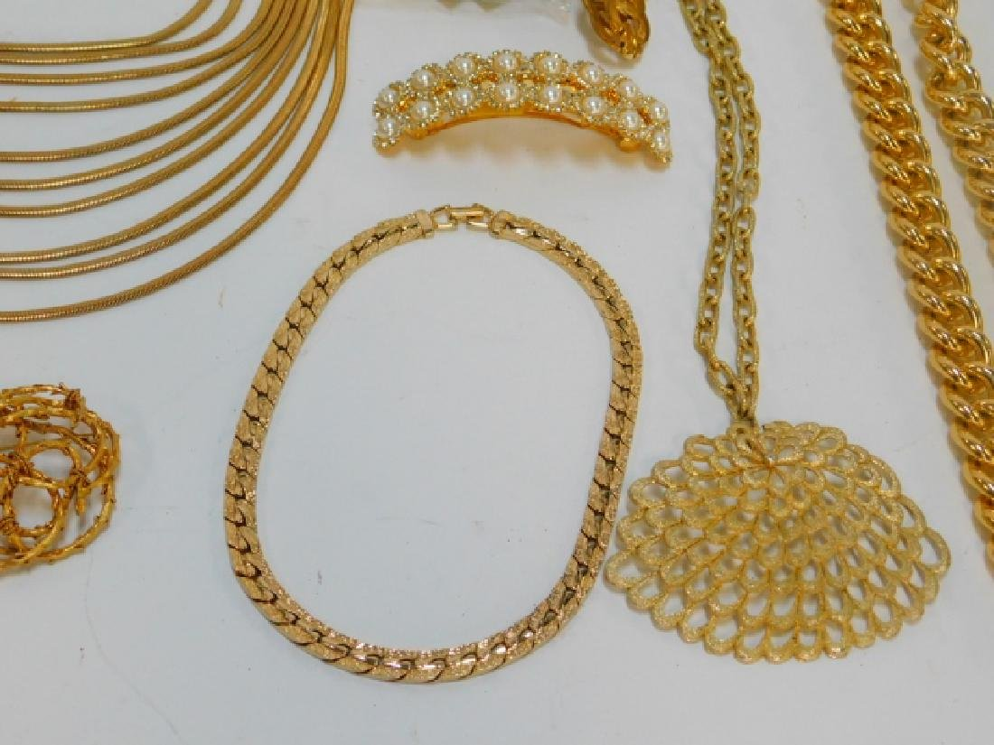 COLLECTION OF COSTUME JEWELRY AND ACCESSORIES - 5