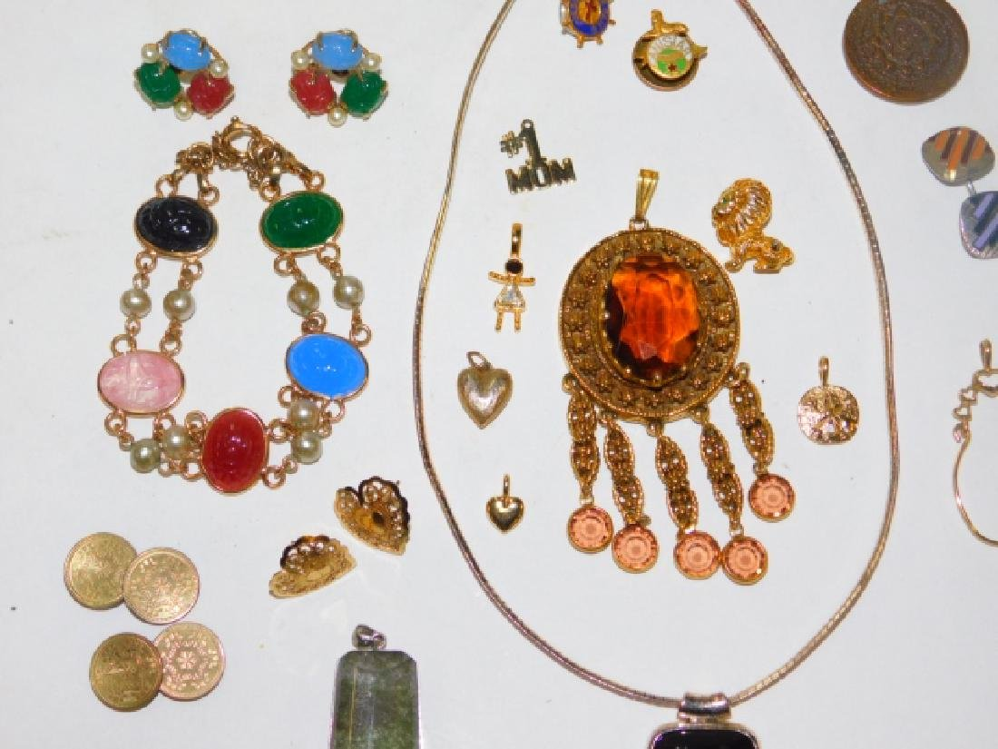 COLLECTION OF VINTAGE JEWELRY - 2