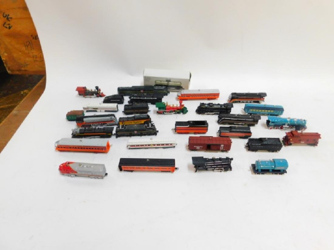 HALLMARK TRAIN CAR ORNAMENT COLLECTION - 2