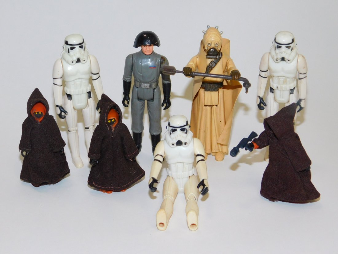 COLLECTION OF 1977 STAR WARS ACTION FIGURES