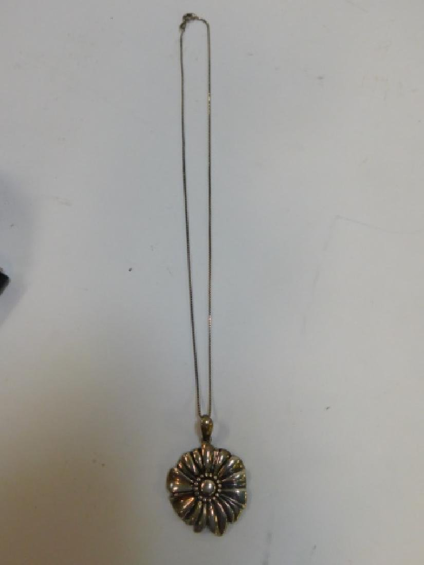 STERLING SILVER NECKLACE WITH PENDANT - 3