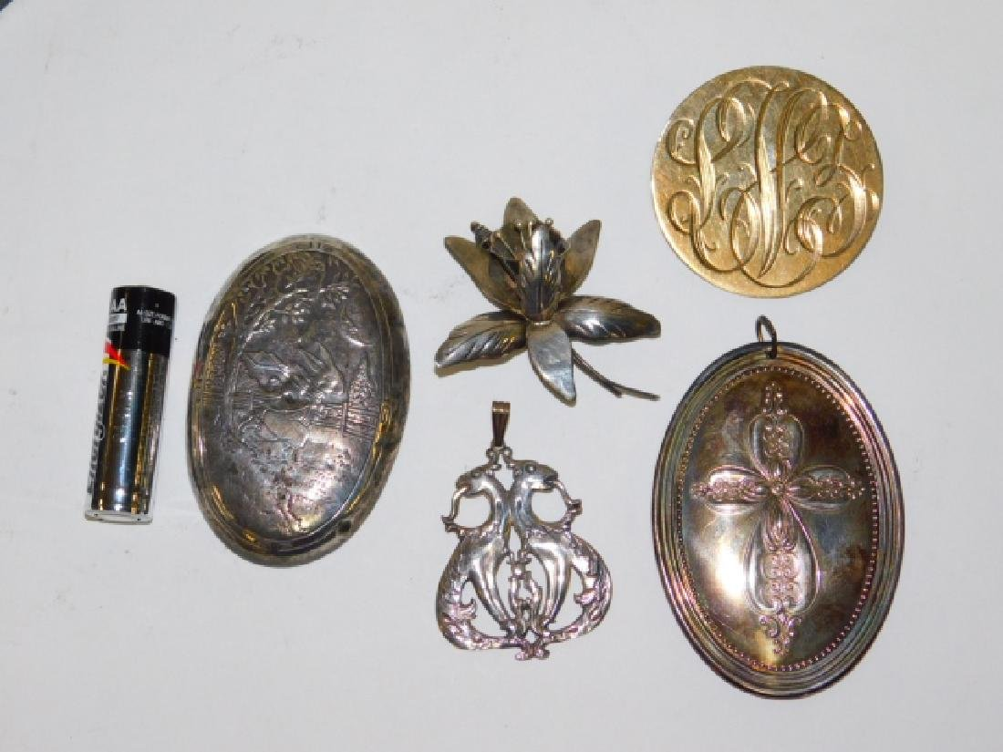 LOT OF STERLING SILVER PINS AND PENDANTS
