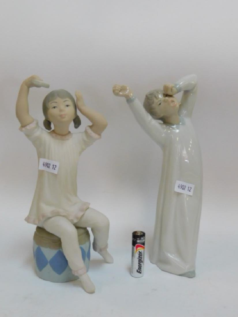 LLADRO, GIRL SHAMPOOING AND BOY YAWNING - 2
