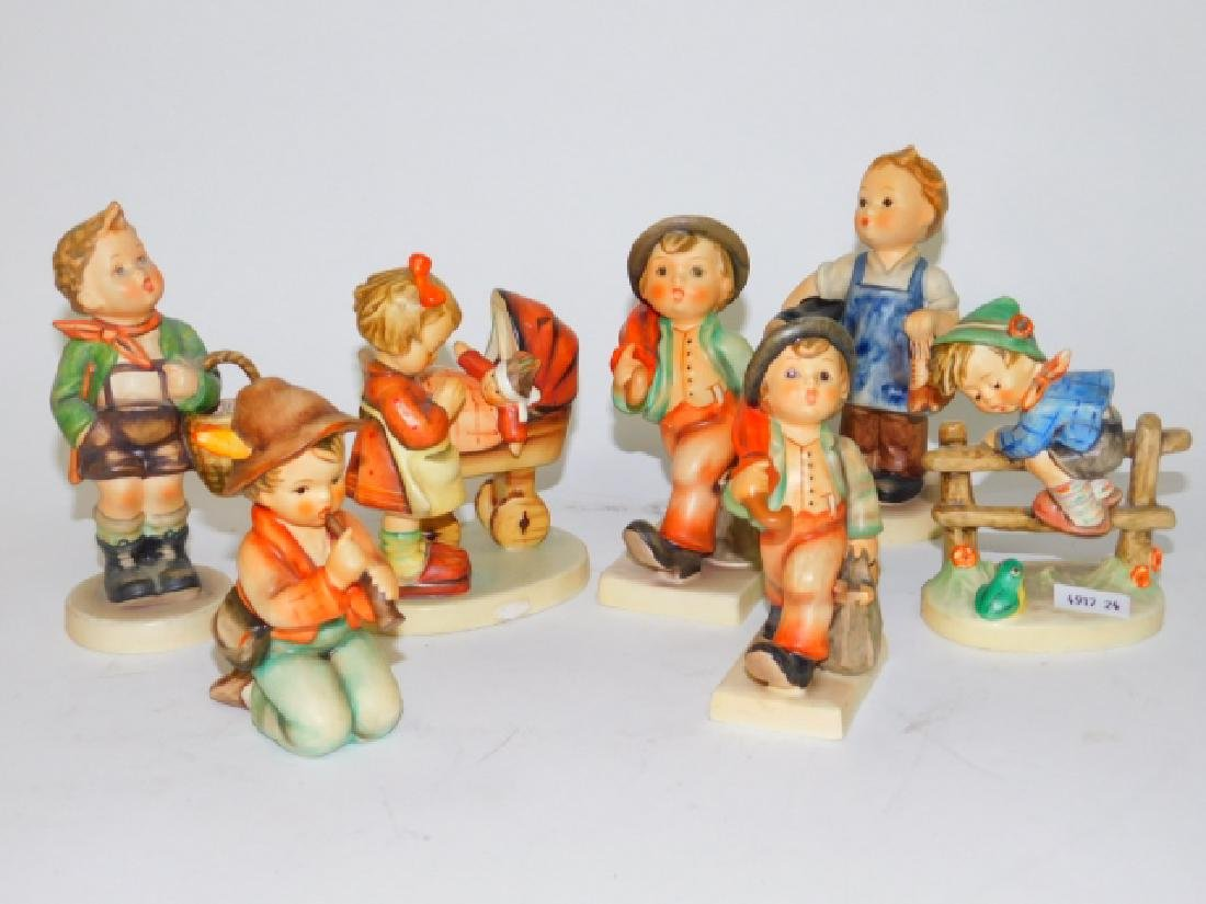 COLLECTION OF 7 HUMMEL FIGURINES