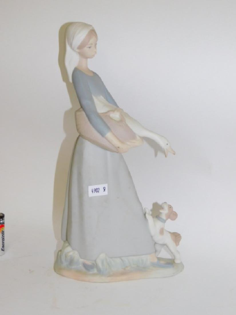 LLADRO, GOOSE GIRL WITH DOG - 4
