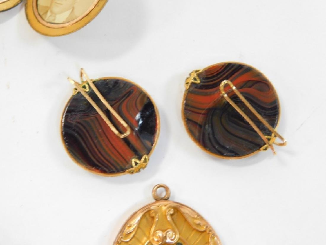 COLLECTION OF VINTAGE JEWELRY - 7