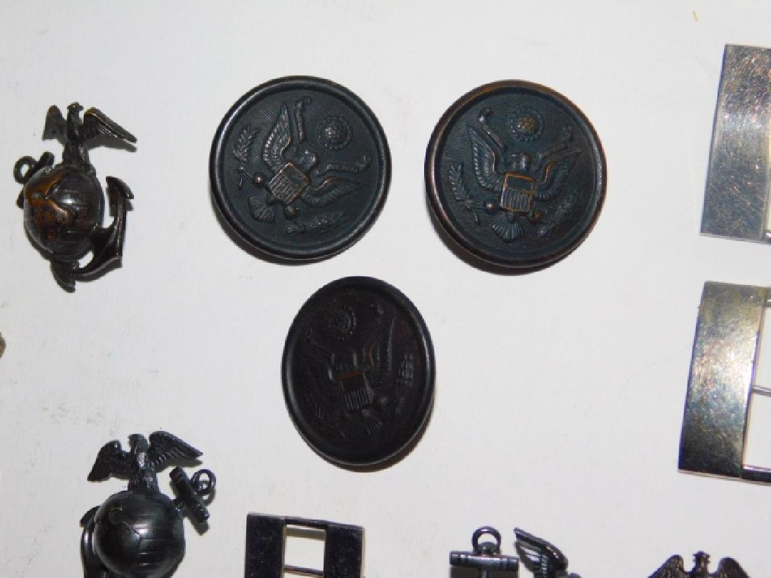 LG LOT OF MILITARY PINS AND BUTTONS - 2