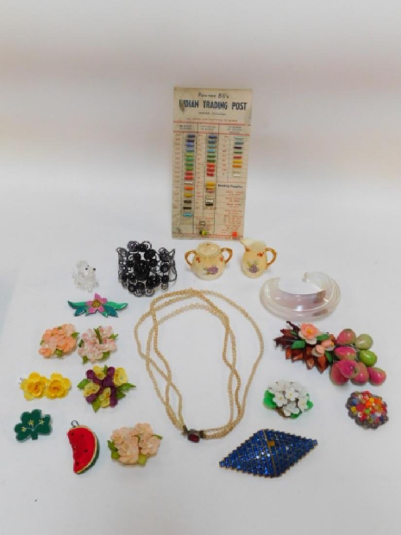 COSTUME JEWELRY AND TRINKETS