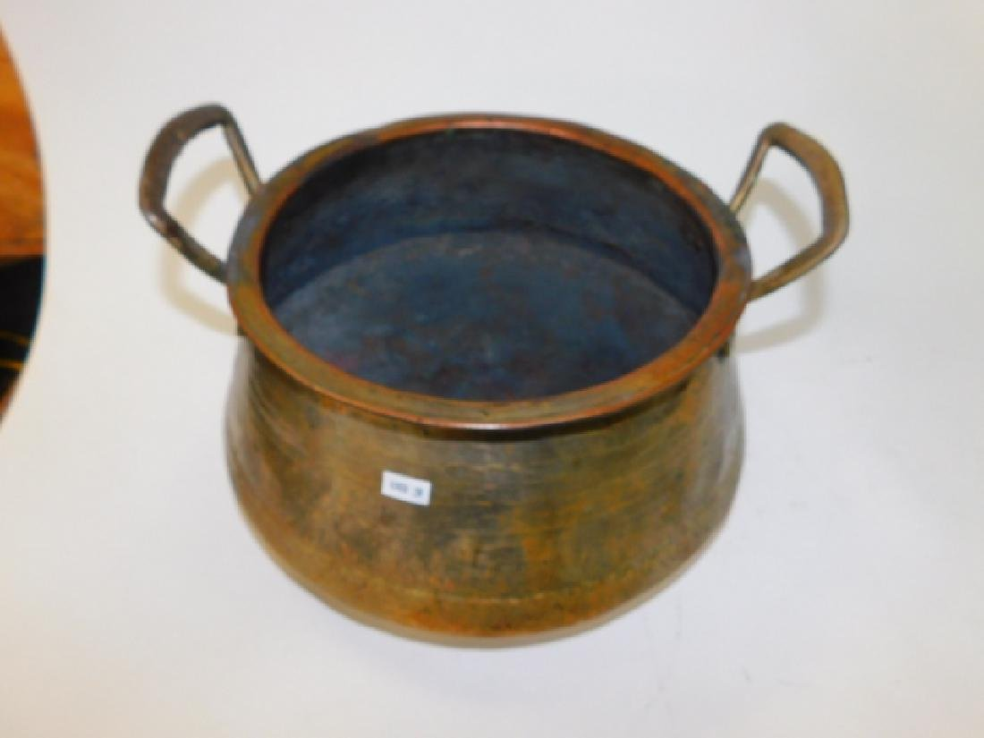LARGE COPPER POT WITH HANDLES - 2